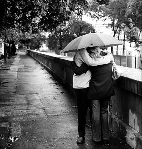 casal-a-chuva